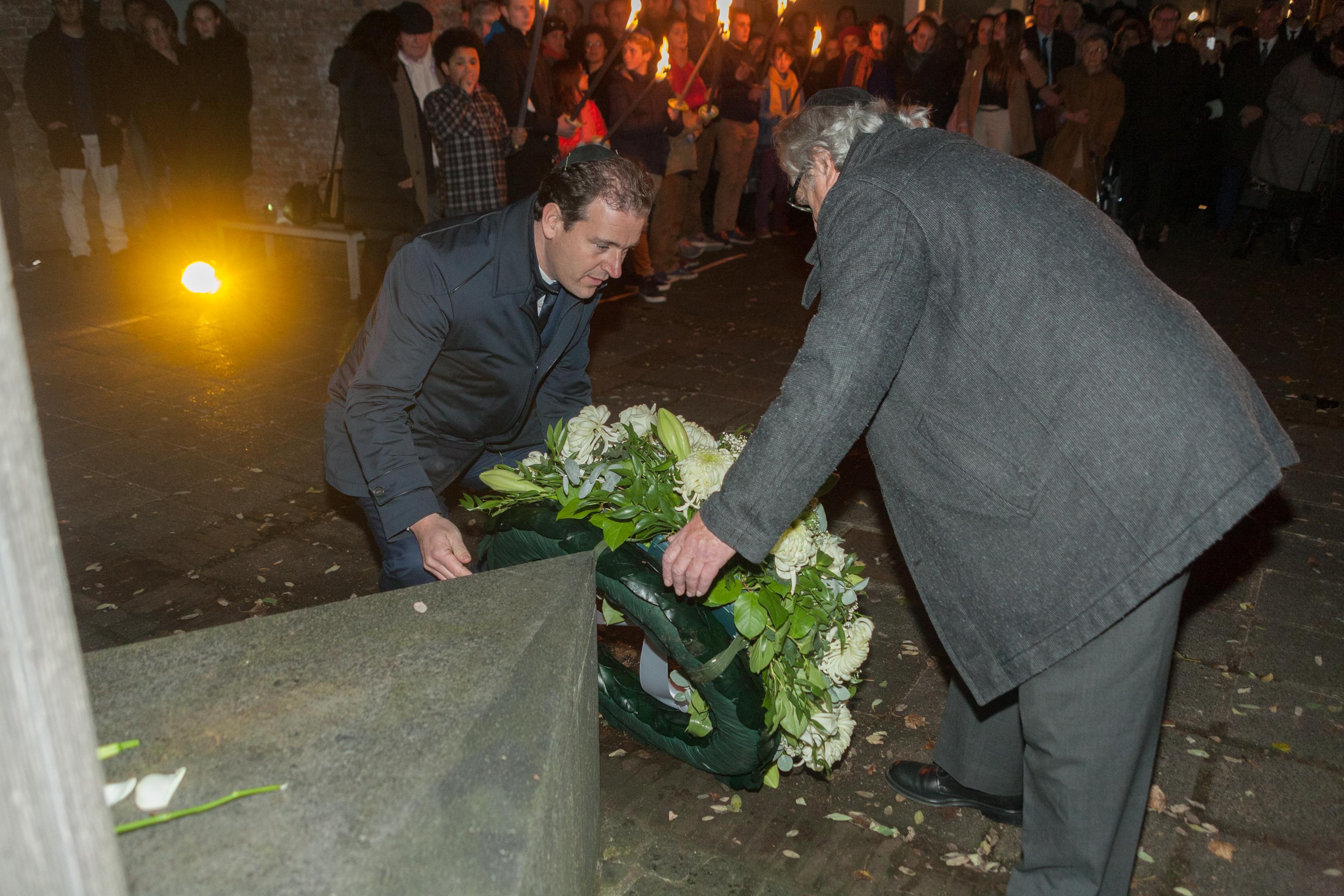 Minister Lodewijk Asscher spreekt op Kristallnachtherdenking 2014